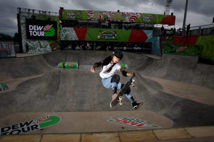 Skate femmes : Sky Brown (Grande-Bretagne) contre Kokona Hiraki (Japon)