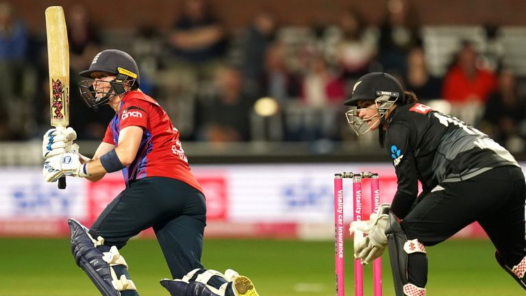 The best of the action from the third T20I between England and New Zealand Women